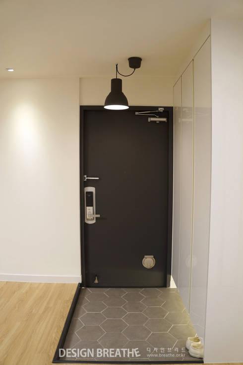 Corridor, hallway by 디자인브리드