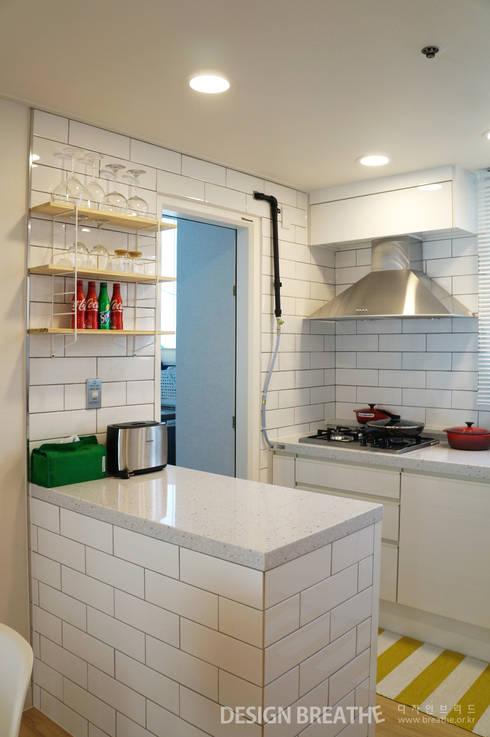 Projekty,  Kuchnia zaprojektowane przez 디자인브리드