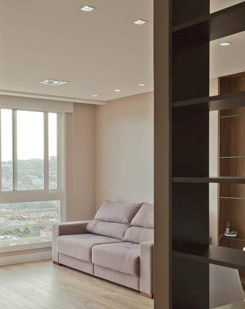 Apartamento MBK: Salas de estar modernas por Super StudioB