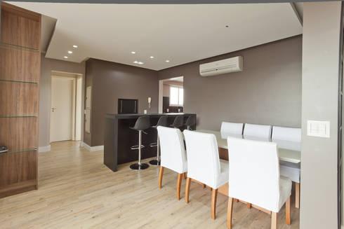 Apartamento MBK: Salas de jantar modernas por Super StudioB