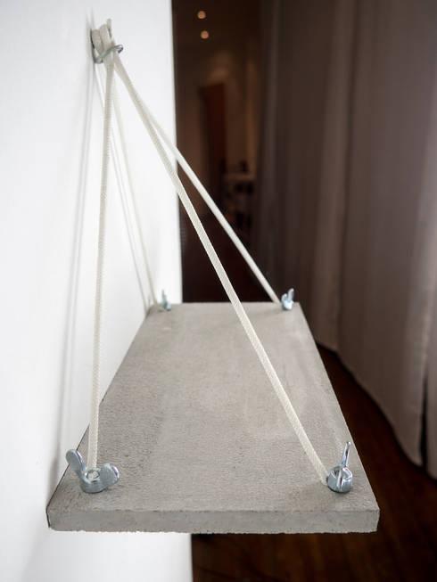 schl sselbrett aus beton von 10 knoten m beldesign. Black Bedroom Furniture Sets. Home Design Ideas