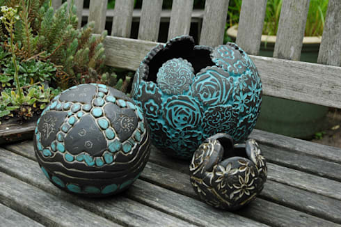 Pflanzkugeln von kunst und keramik homify for Oggetti per abbellire il giardino
