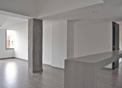 APARTAMENTO 104: Comedores de estilo minimalista por santiago dussan architecture & Interior design