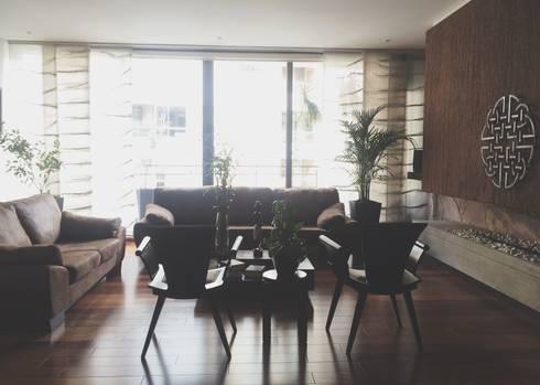 APARTAMENTO 67: Salas de estilo clásico por santiago dussan architecture & Interior design