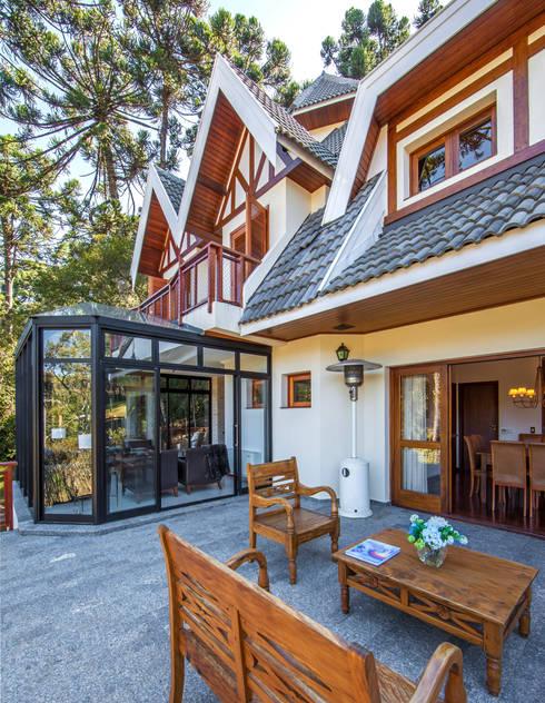 rustic Houses by VNK Arquitetura e Interiores