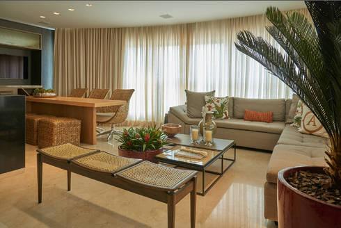 Apartamento AC: Terraços  por Gláucia Britto