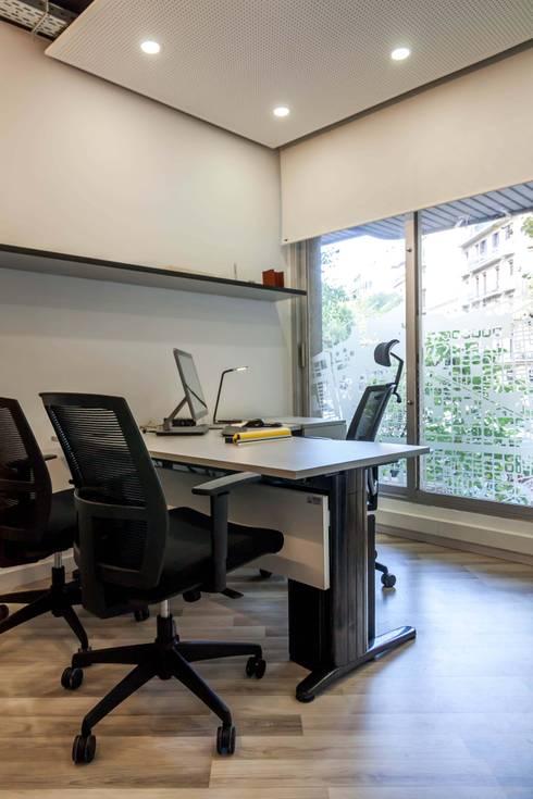 Oficinas behappy barcelona de eaim estudio de arquitectura for Oficina qualitas auto barcelona