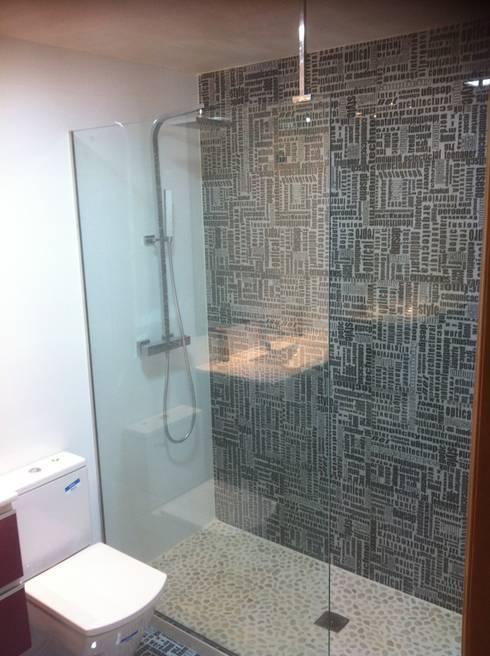 cuartos de bao con platos de ducha de obra con piedra natural - Duchas De Obra Fotos