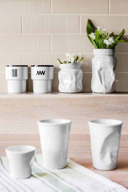 Our photoshoot of apartment design by D Plus Dagmara Zawadzka : styl , w kategorii Kuchnia zaprojektowany przez Ayuko Studio