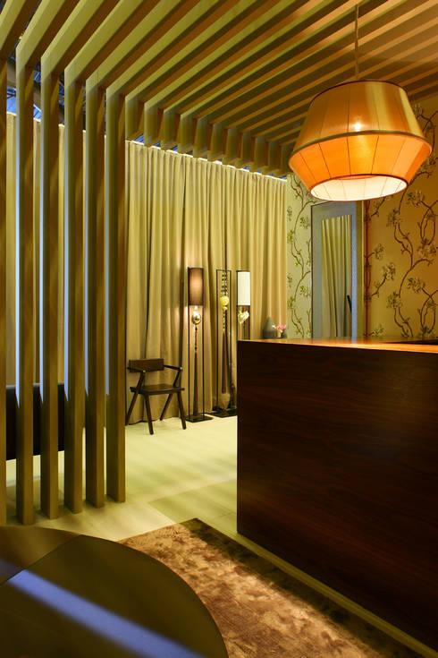 Maison & Objet - Suite Hotel | 2010: Corredores e halls de entrada  por Susana Camelo
