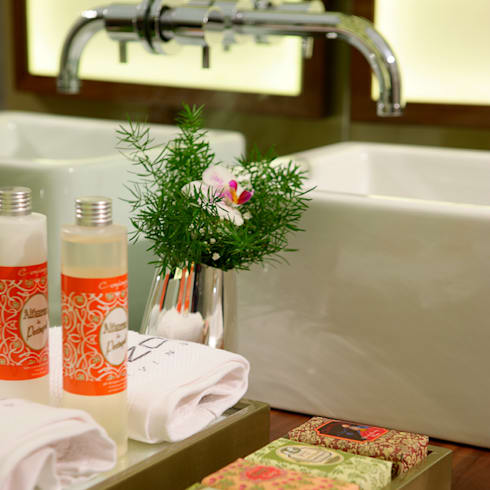 Maison & Objet – Suite Hotel | 2010: Casas de banho modernas por Susana Camelo