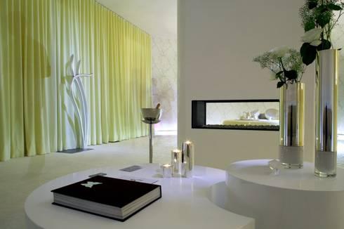 Casa Decor | 2007: Salas de estar minimalistas por Susana Camelo