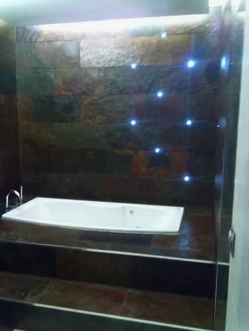Un baño a la luz de las estrellas: Baños de estilo minimalista de IC & AIR ·Arquitectura ·Interiorismo ·Reformas