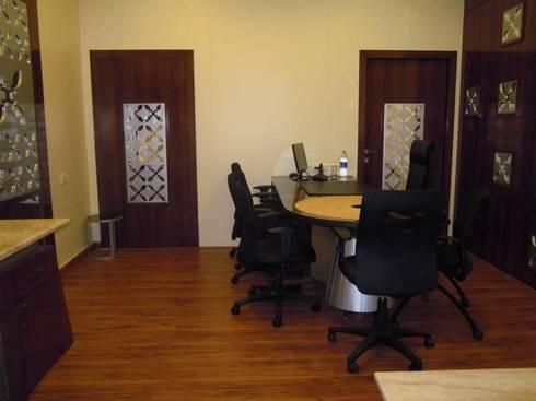 Agrawal: modern Study/office by MAVERICK Architects