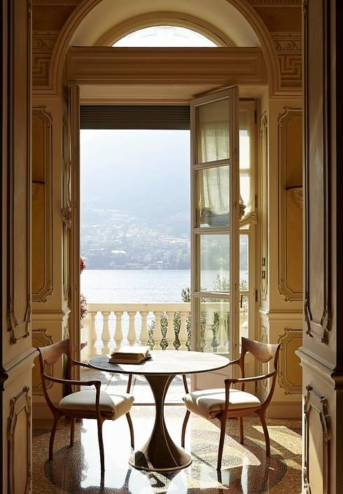 Lake House, Lago di Como, Italy:  Terras door Ethnic Chic Home Couture