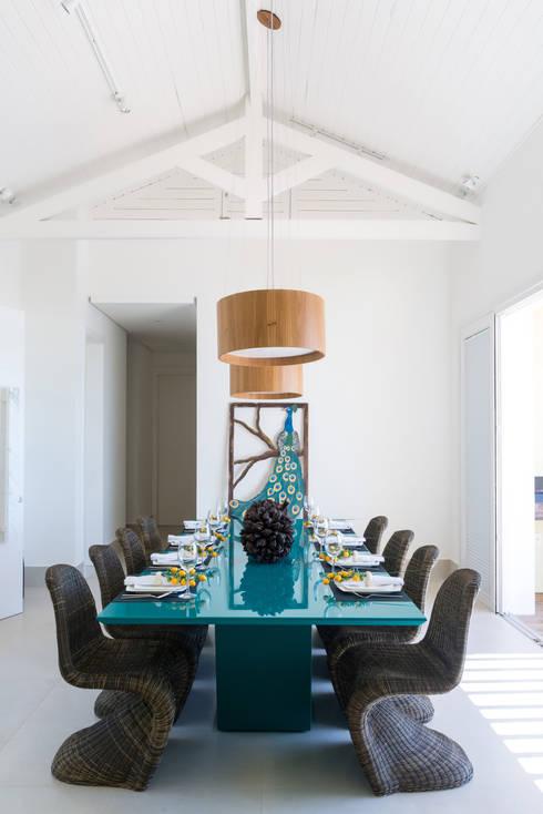 Casa WR: Sala de jantar  por Renata Matos Arquitetura & Business