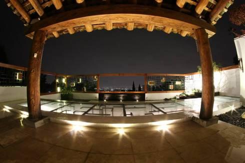 Terraza: Terrazas de estilo  por VOLEVA arquitectos