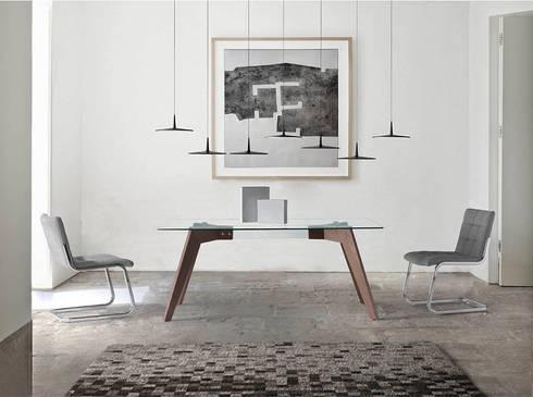 Mesas de refeições com design Dining tables with design www.intense-mobiliario.com  Skind http://intense-mobiliario.com/product.php?id_product=8859: Sala de jantar  por Intense mobiliário e interiores;