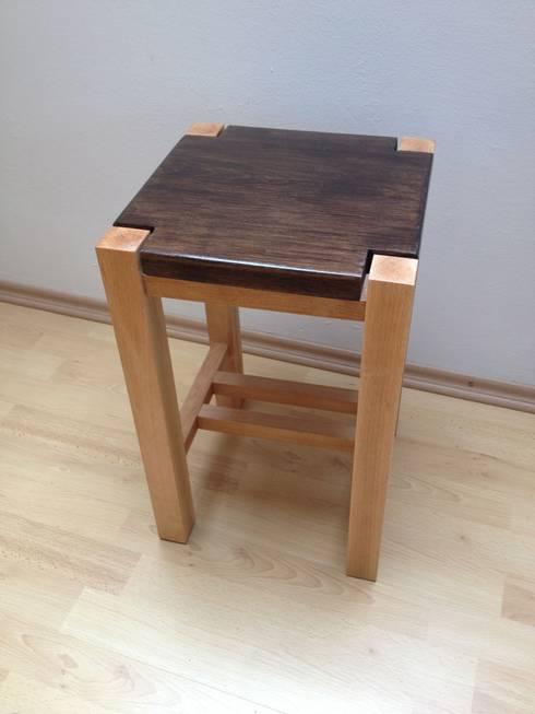 hocker eiche buche von holzwurm bruhn homify. Black Bedroom Furniture Sets. Home Design Ideas