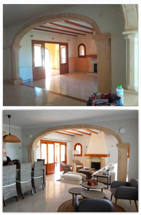 chalet en Javea: Salones de estilo moderno de torradoarquitectura