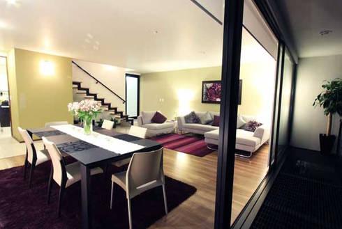Casa Coyoacán Monserrat: Salas de estilo moderno por ARQUITECTURA SOSTENIBLE