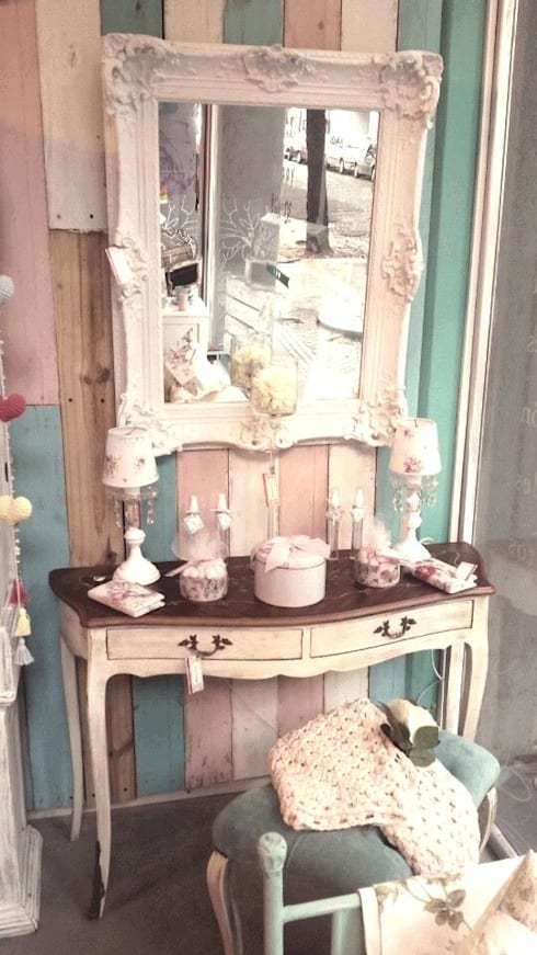 Decoración de interiores: muebles country chic & vintage: Livings de estilo  por 27-30548217-5