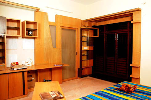Anwar salim and sabeena saleem s residence: modern Bedroom by  Murali architects