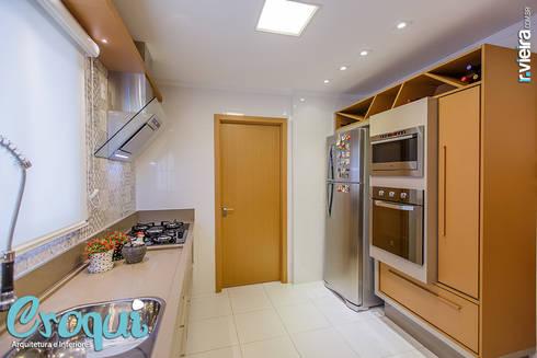Cozinha: Cozinhas modernas por Croqui Arquitetura e Interiores