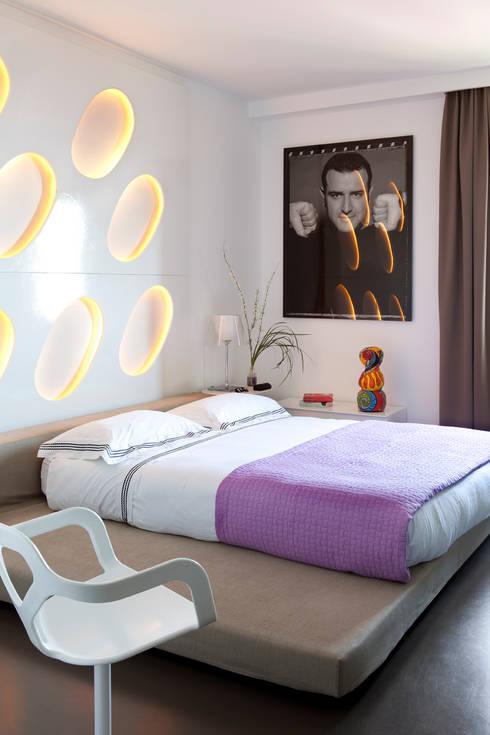 Bedroom by PDV studio di progettazione