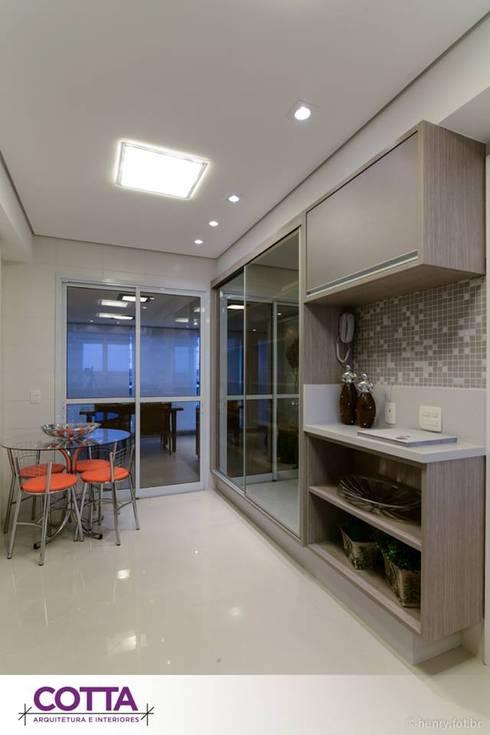 Apartamento 184m²: Cozinhas modernas por Cotta Arquitetura e Interiores