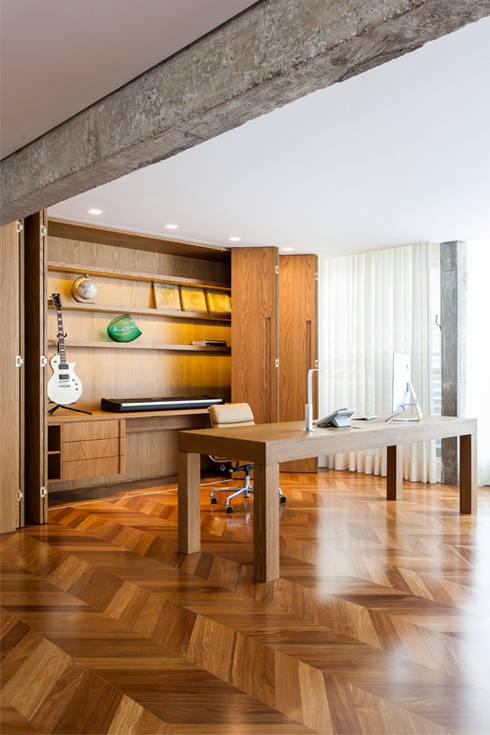 RSRG Arquitetos의  서재 & 사무실