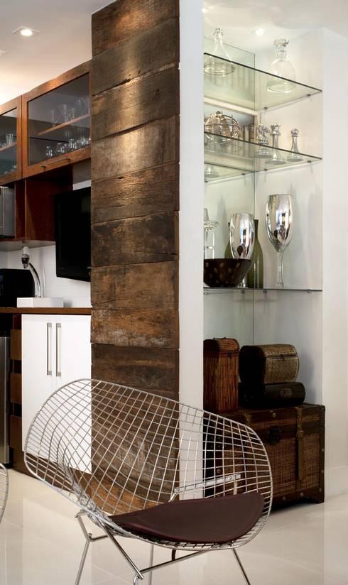 Apto K: Salas de estar modernas por m++ architectural network