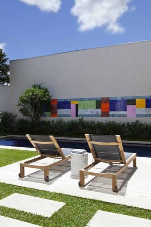Casa SP: Piscinas modernas por Di Pace Art e Design