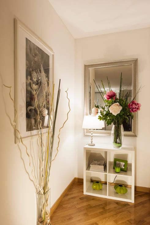 سلالم وأروقة  تنفيذ Loredana Vingelli Home Decor
