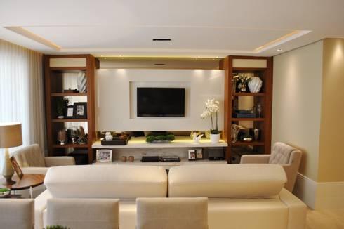 Apartamento Vila Izabel: Salas de estar modernas por Viviane Cavichiolo Arquitetura