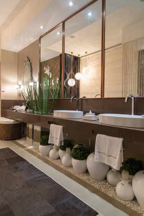 The Guest Room: Spas modernos por Estúdio HL - Arquitetura e Interiores