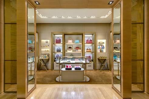 Boutique CARTIER: Espaços comerciais  por KATIA KUWABARA   FOTOGRAFIA DE ARQUITETURA
