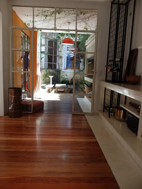 Refacción PH Urbano Chacarita: Cocinas de estilo moderno por DX ARQ - DisegnoX Arquitectos