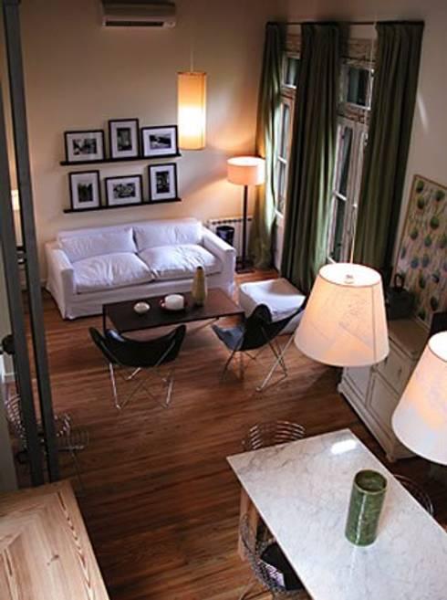 Reforma Hostel Palermo: Livings de estilo  por DX ARQ - DisegnoX Arquitectos