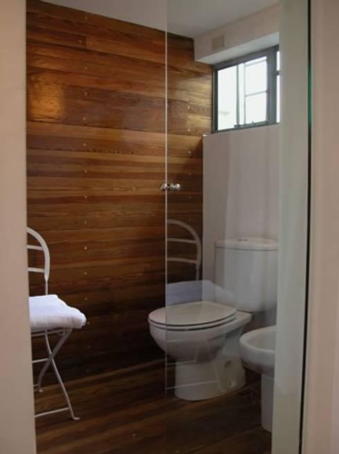Baños de estilo  por DX ARQ - DisegnoX Arquitectos