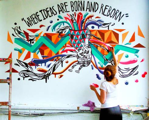 Mural-Where ideas are born and reborn: Casas de estilo minimalista por Phoenix Touch
