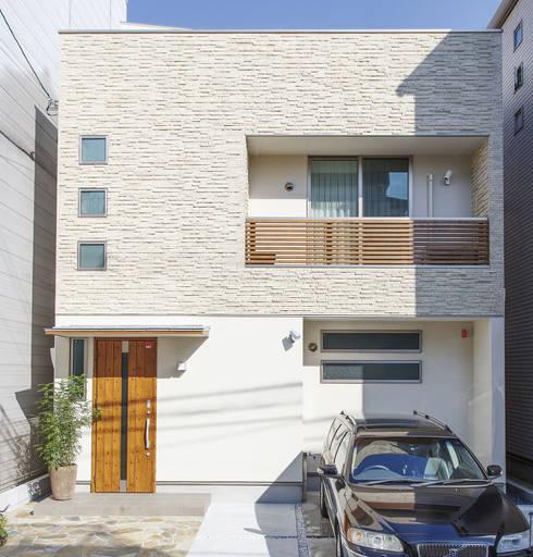 Rumah by 福島工務店株式会社