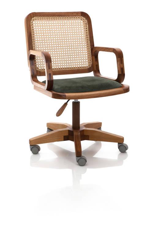 Cadeira Giratoria GIR com braço mista: Escritório e loja  por LLUSSÁ Mobiliário de design