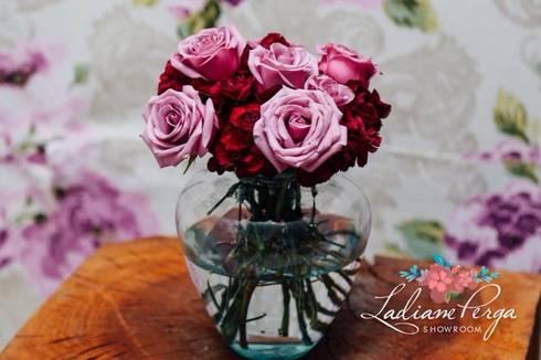 ROMANTIC STYLE: Hogar de estilo  por LADIANE PERGA