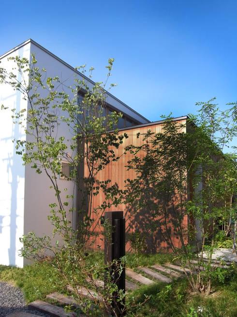 ファサード: Mimasis Design/ミメイシス デザインが手掛けた家です。