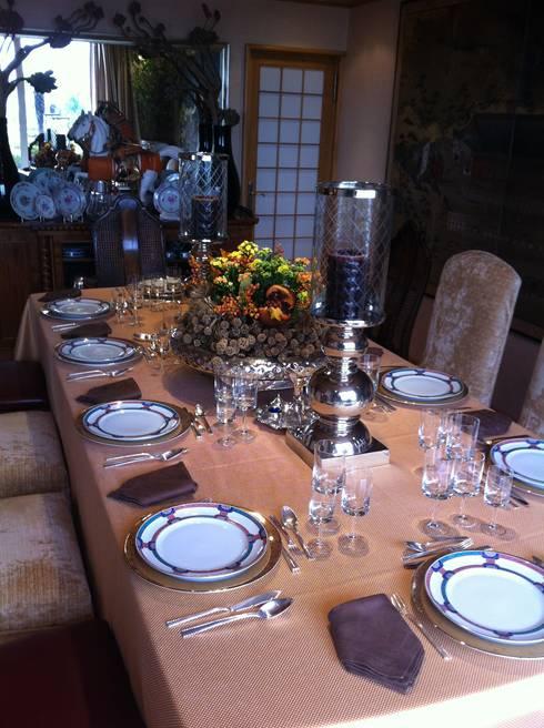 Christmas time: Salas de jantar modernas por 3L, Arquitectura e Remodelação de Interiores, Lda