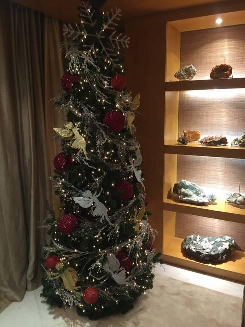 Christmas time: Salas de estar modernas por 3L, Arquitectura e Remodelação de Interiores, Lda