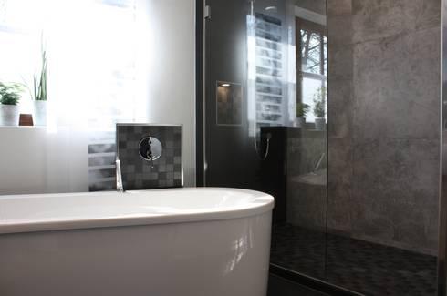 Freistehende Wanne Mit Armaturenblock: Moderne Badezimmer Von Ludwig Steup  GmbH