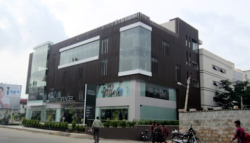 Commercial Complex at Koramangala, Bangalore:  Offices & stores by Parikshit Dalal Design + Architecture