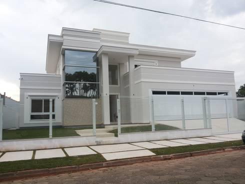 Casa Estilo: Casas ecléticas por Habita Arquitetura